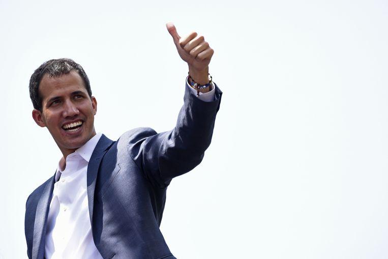Oppositieleider en zelfverklaard president van Venezuela Juan Guaido krijgt steeds meer steun. Beeld AFP