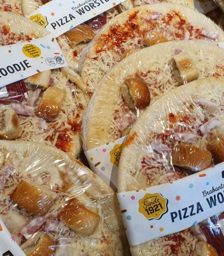 Jumbo komt met Pizza Worstenbrood: 'Nee, gewoon nee - blijf van worstenbroodjes af'