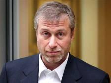 Abramovitch a-t-il acheté Chelsea sur les ordres de Poutine? Le milliardaire russe dément et dépose plainte