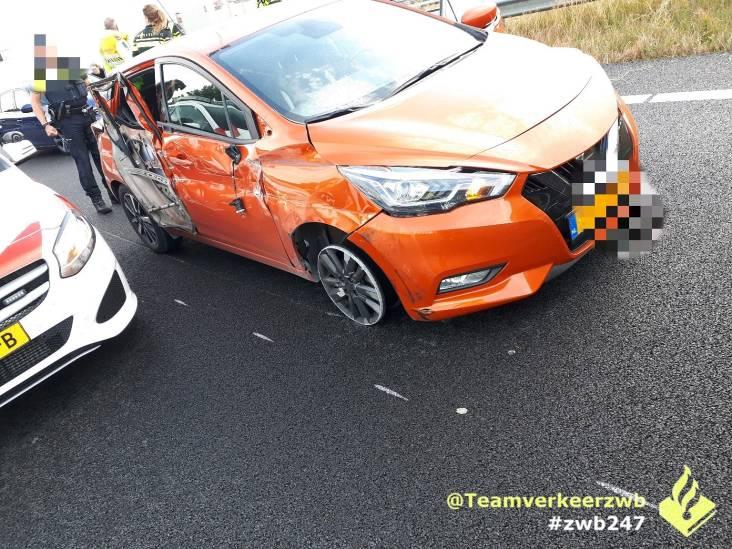 'Zeer gevaarlijk' rijgedrag op snelweg bij Breda: bestuurder aangehouden en rijbewijs kwijt