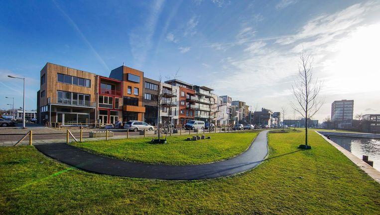 Nieuwbouw in Amsterdam-Noord. Ook in dit stadsdeel rukken de middeninkomens op, ten koste van de lagere Beeld Jean-Pierre Jans