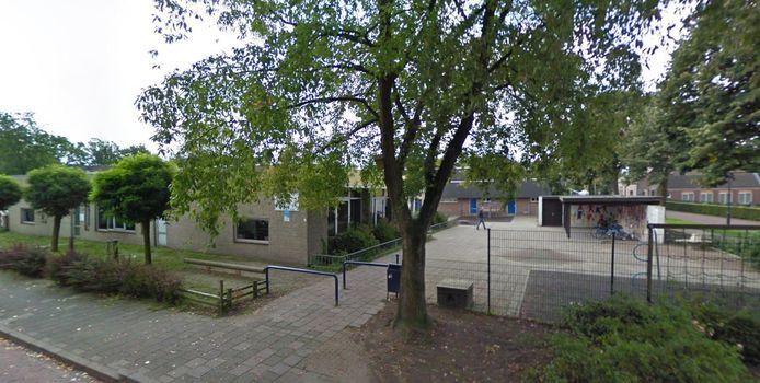 De ruim veertig jaar oude school wordt gesloopt