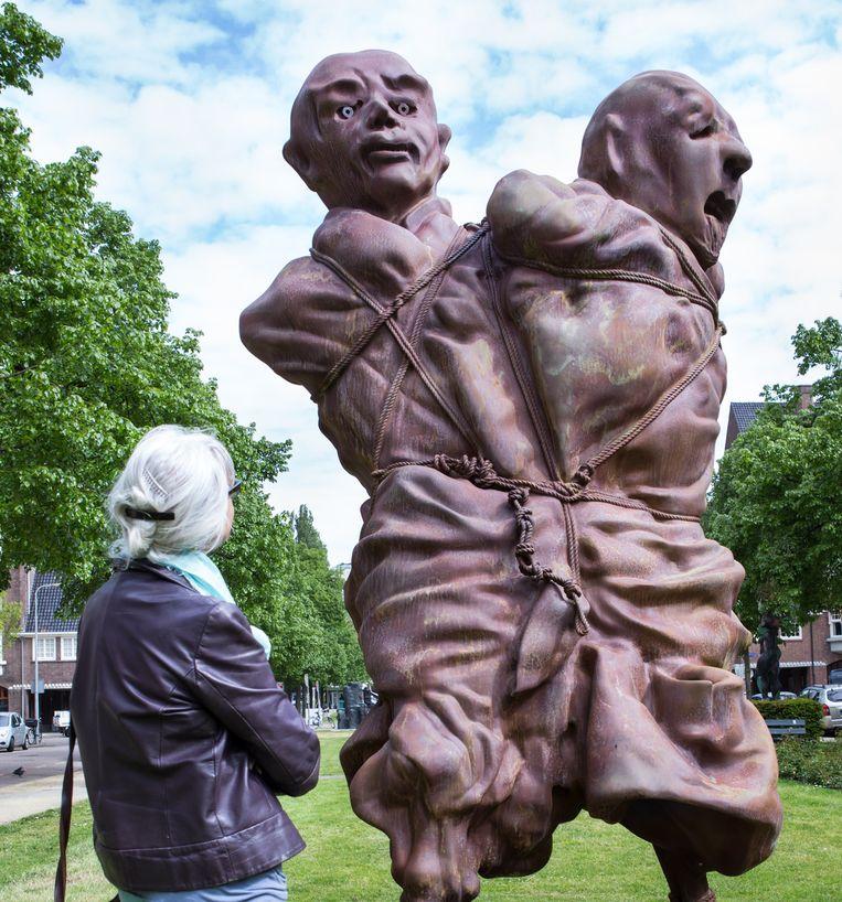 Werk van Thomas Schütte, 'United Enemies'. Beeld Cigdem Yuksel