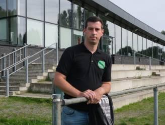 Na jaar zonder voetbal ontaardt wedstrijd in 4de provinciale meteen: scheidsrechter legt match stil omdat supporter veld op loopt
