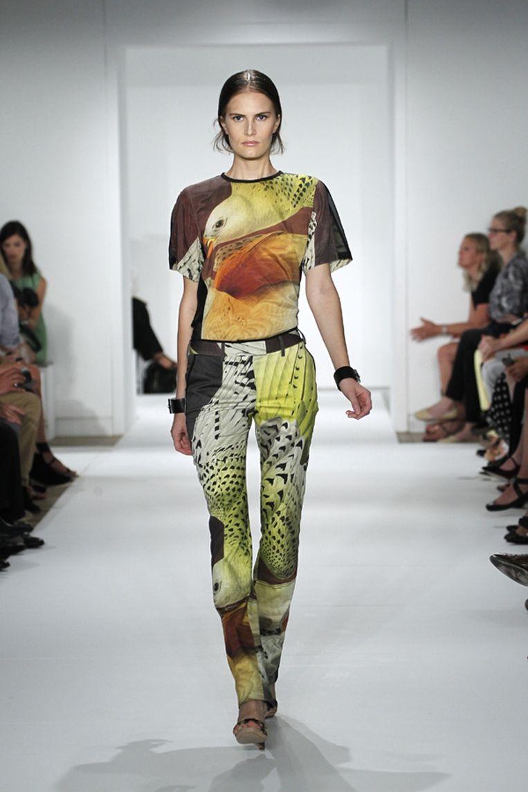 Het shirtje in kwestie van ontwerper Reed Krakoff. Romney droeg overigens niet de bijpassende broek. Beeld AP