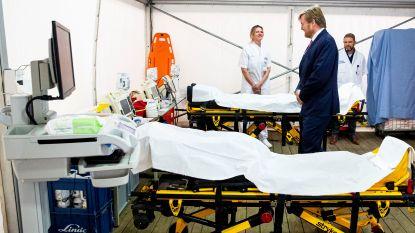 """LIVE. """"Positieve scenario's komen niet uit in Nederland"""" - Bejaarde die naar Waals rusthuis gaat moet eerst bewijzen dat hij niet besmet is"""