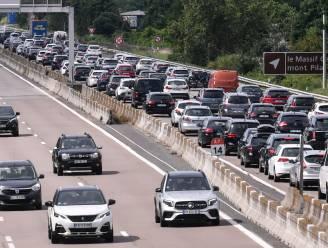 Zeer moeilijk verkeer met lange files verwacht richting zuiden dit weekend: hier riskeer je grootste problemen
