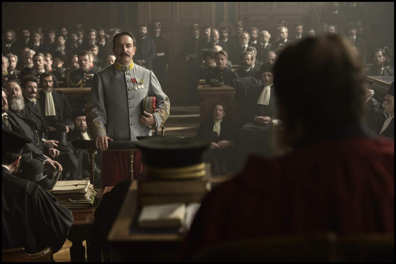 Kolonel Georges Picquart (Jean Dujardin) in J'accuse. Beeld