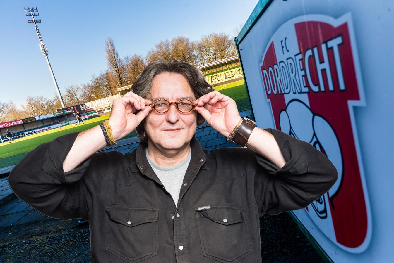 Kees Thies over de stadionplannen van FC Dordrecht.