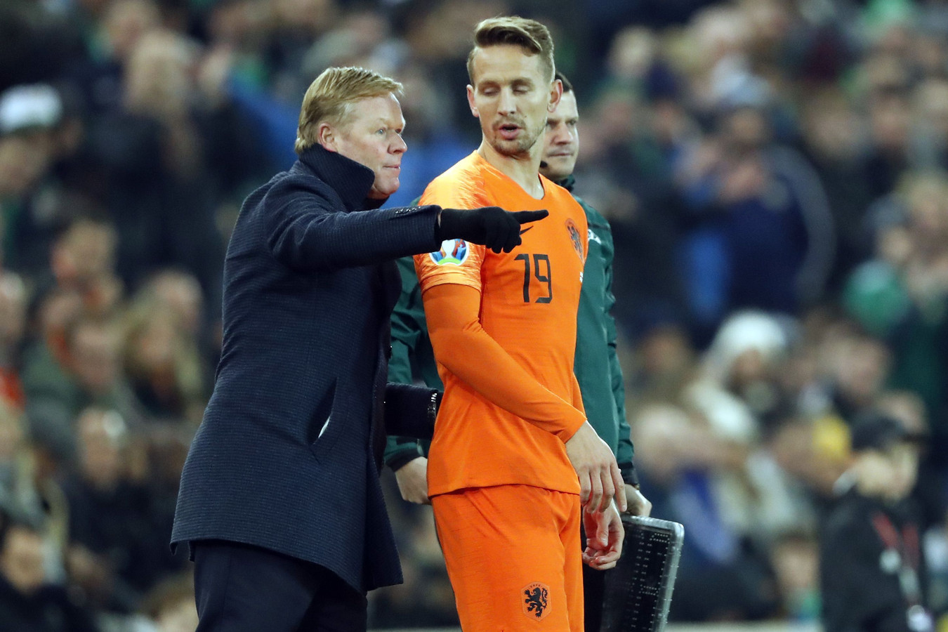 Ronald Koeman met Luuk de Jong.
