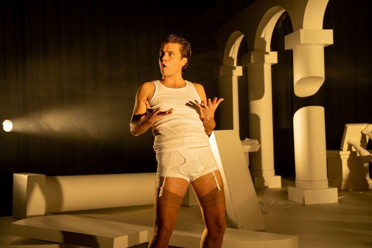 Ludwig Bindervoet in De profundis, regie Char Li Chung, bewerking Bart van den Donker en Char Li Chung. Beeld Bas de Brouwer