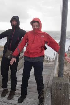 KNMI geeft code oranje: donderdag extreem weer in Zeeland