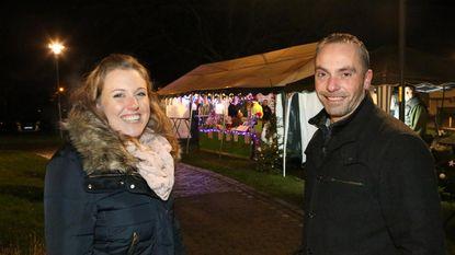 Geslaagde kerstmarkt rond de kerk