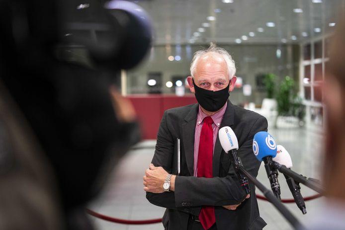 Burgemeester Cor Lamers van Schiedam, vorige maand voor het Veiligheidsberaad.