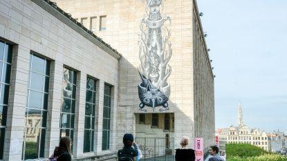 Grote muurschildering lokt bezoekers naar prentenexpo Breugel