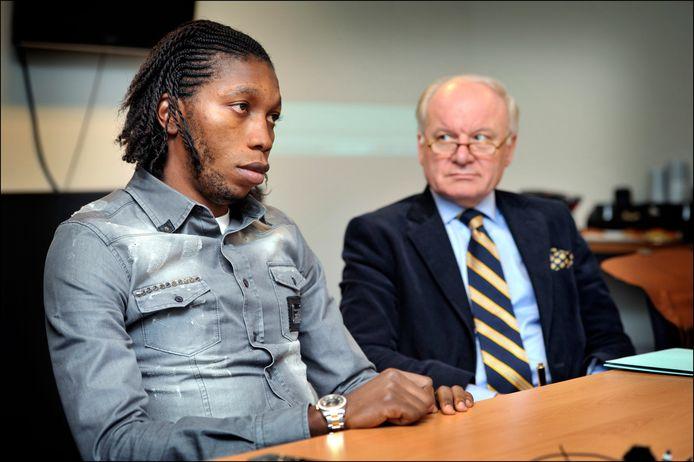 Spreutels met Dieumerci Mbokani in 2013.