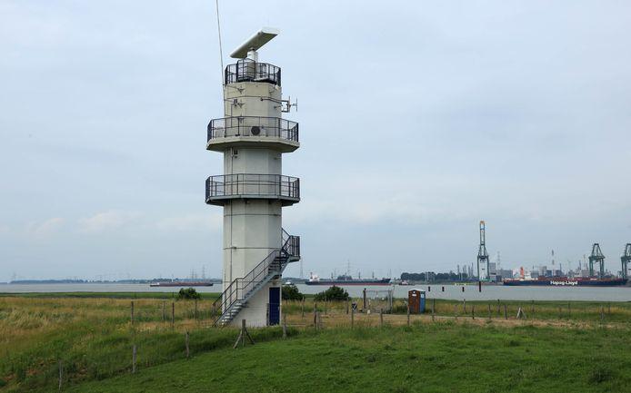 De Schelde gaat de grens over bij de Hedwigepolder.
