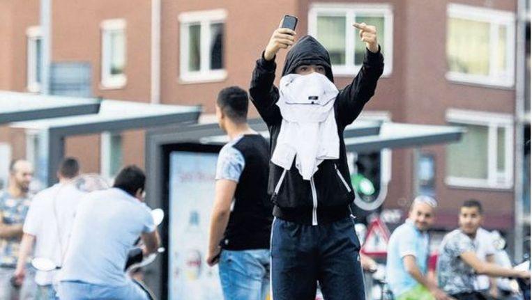 Filmpjes van omstanders dwingen autoriteiten tot openheid, maar de context van de beelden blijft vaak onzichtbaar. Beeld anp