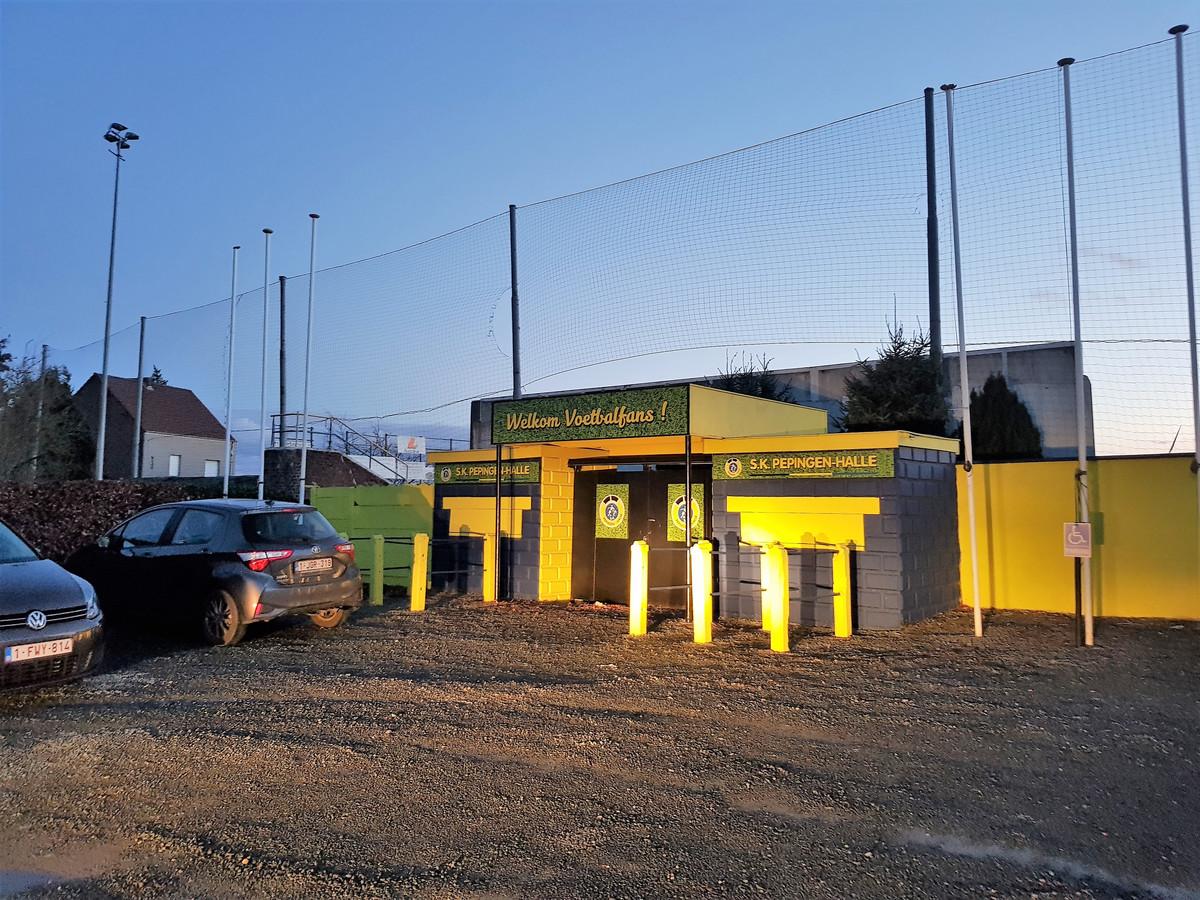 Het Lamme Guiche-stadion. De huurprijs wordt nu verviervoudigd door de uitbater en dat is niet naar de zin van SK Pepingen-Halle.