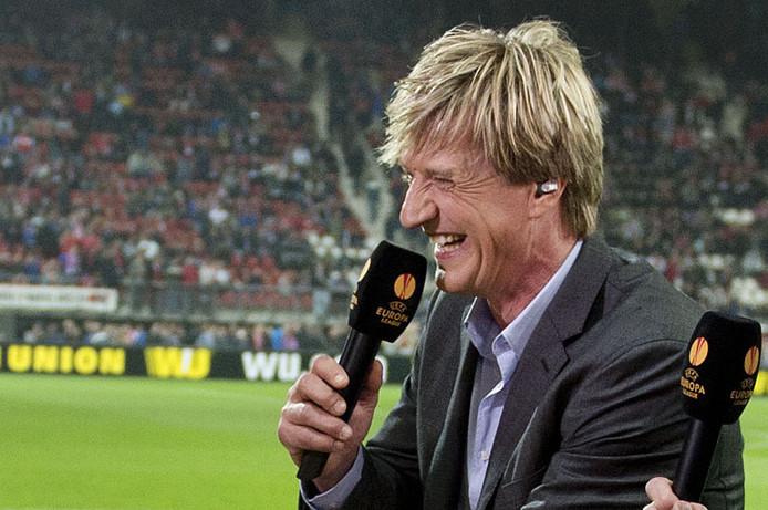 Wim KIeft als voetbalanalyticus.