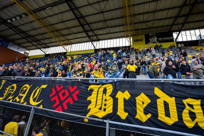 Meer dan 11.000 NAC-supporters hebben hun seizoenkaart verlengd.