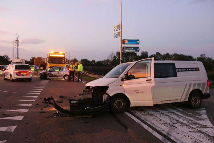 Het ongeluk in Holten gebeurde ter hoogte van de aansluiting met de A1.