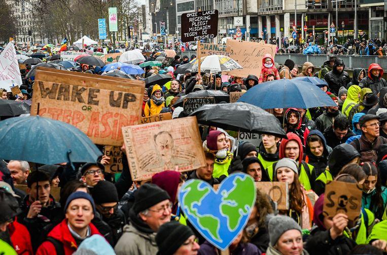 Beeld van een klimaatmars in Brussel eerder dit jaar. Beeld Joel Hoylaerts / Photonews