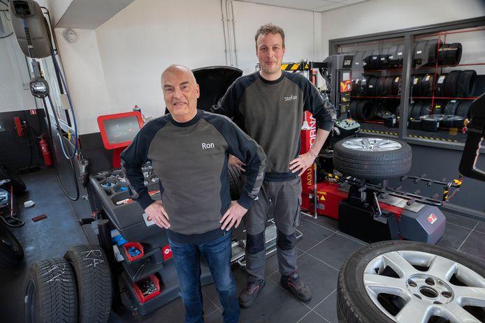 Ron Raemakers en zijn zoon Stefan vieren volgende maand het jubileum van hun bedrijf.