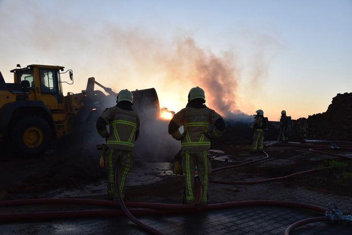 Composthoop in Westerhaar heeft vlam gevat.