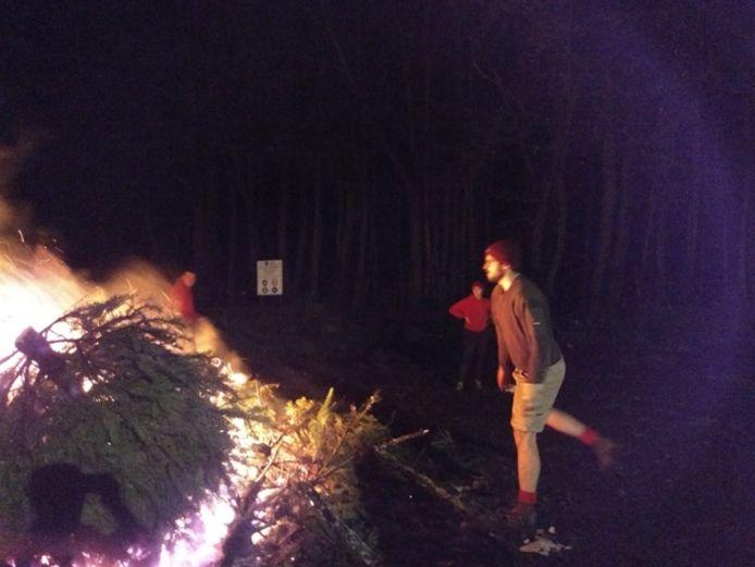 De kerstboomverbranding van de Chiro in Sint-Job is voor een goed doel.