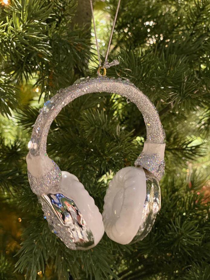 Kerstbal in de vorm van een headset.