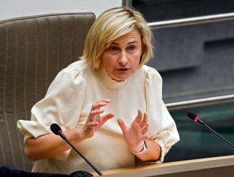 Vacatures in horeca raken niet ingevuld: Crevits wil komende halfjaar meer dan duizend mensen opleiden