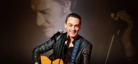 Jean-Baptiste Guégan, sosie vocal de Johnny Hallyday, aurait tabassé son voisin à Tournai
