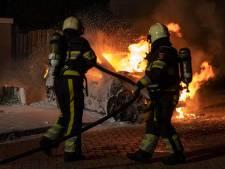 Auto verwoest door brand in Cuijk