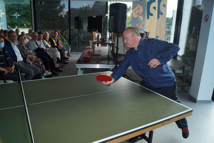 Christof Swaenepoel kreeg tijdens de huldiging de kans om zijn talent te tonen.