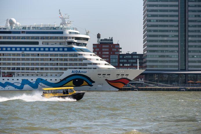 Cruiseschip Aidamar komt morgen aan in Rotterdam.