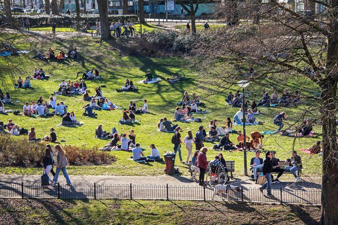 Lente in het Kronenburgerpark eerder vandaag.
