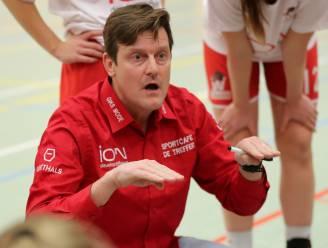 """Waregem-coach Frederic Claessens is blij dat seizoen voorbij is: """"Aantal speelsters zat op het tandvlees"""""""