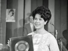 Goud voor Brandend Zand in 1962. Wie was bij de uitreiking in het Eindhovense Carlton?