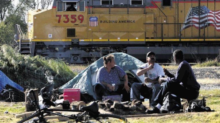 In heel Amerika is het aantal dakloze families met jonge kinderen de afgelopen maanden gestegen door de economische crisis. ( AFP) Beeld AFP