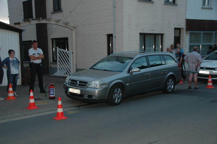 De dieven crashten met hun wagen in de Molenstraat. (archiefbeeld)