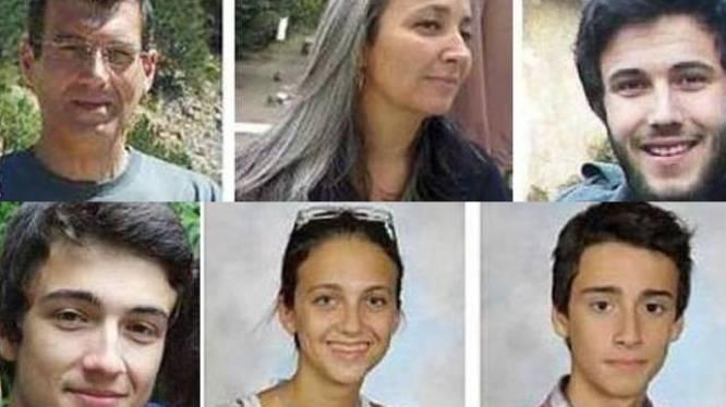Franse politie vindt 5 lijken in tuin verdwenen gezin van 6