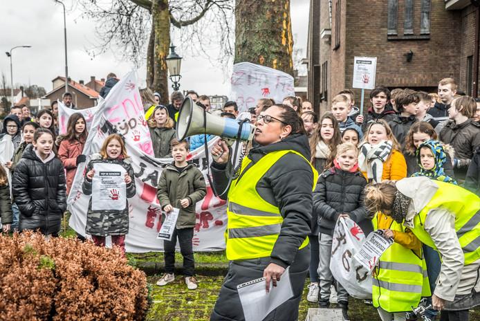 De demonstratie werd druk bezocht.