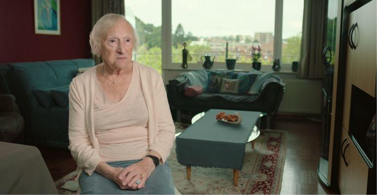 Betsy Sobol: 'Ik praat niet graag over mijn tijd in het kamp. Ik heb er dingen gezien... Het was van een verpletterende wreedheid.' Beeld Pieter Serrien & Eva Fastag