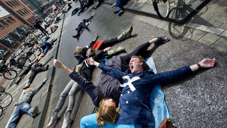 Demonstratie van studenten van de Theaterschool Amsterdam tegen de bezuinigingen op cultuur in 2011. Beeld anp