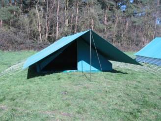 """Lommel koopt 12 tenten aan voor jeugdverenigingen: """"Aanbod is geslonken omdat ze worden ingezet bij vaccinatiecentra"""""""