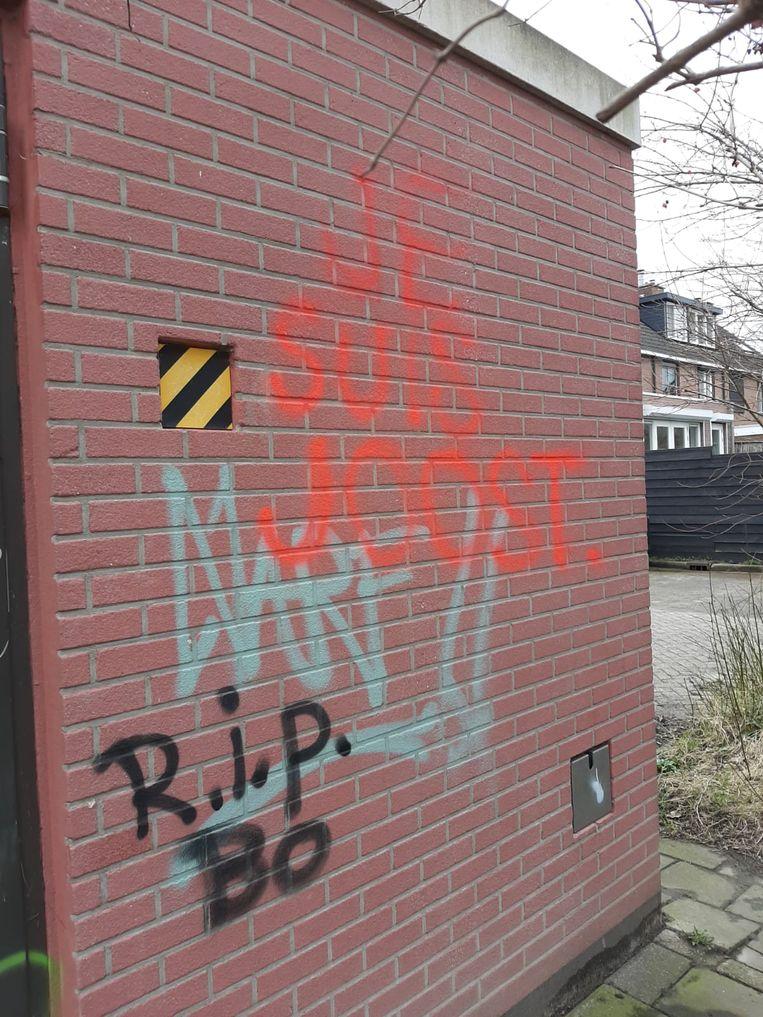 Graffiti met de tekst 'Je suis Joost' in Bodegraven. Beeld ADR