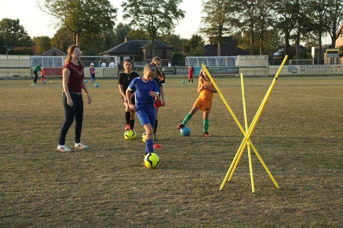 Noorse start soccer academie voor meisjes