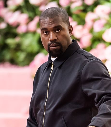 Une paire de Yeezy de Kanye West estimée à plus d'un million de dollars mise aux enchères