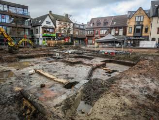 Archeologen stoten op restanten oude brandweertoren aan achterzijde van oud-Stadhuis
